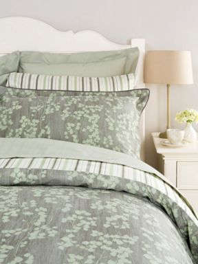 Painted leaf bed linen range in green