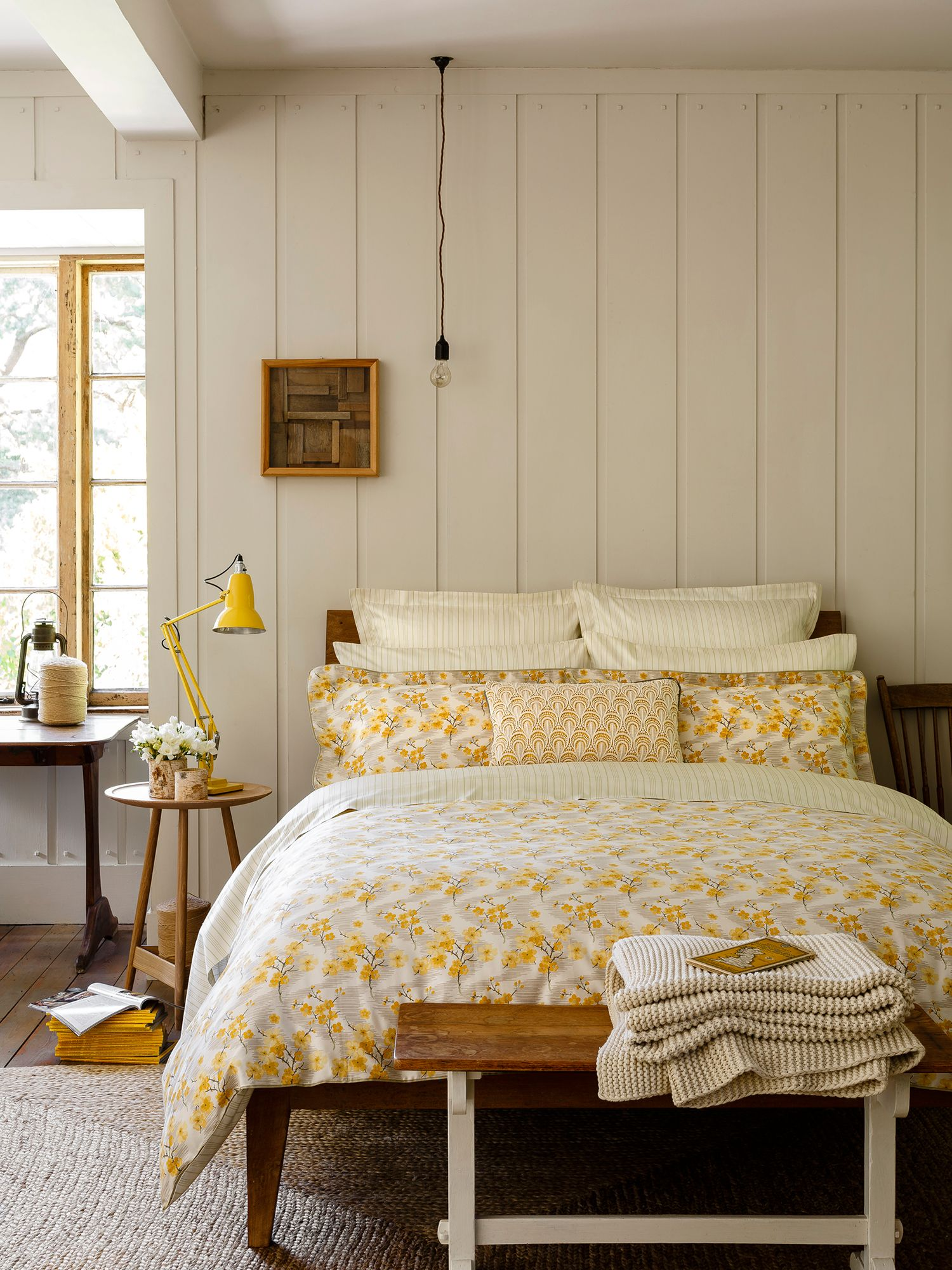 Okame bed linen in saffron
