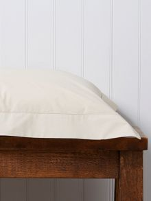 Christy 200 Plain Dye Rectangle Pillowcase Parchment