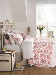 Sarah bedspread set ranges in Rose