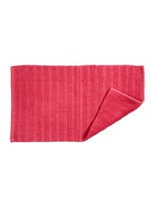Kingsley Home Lifestyle towel & mat range in Hibiscus