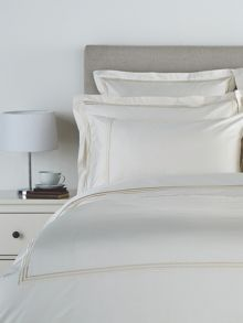 Christy Luxury egyptian oxford square pillowcase cream