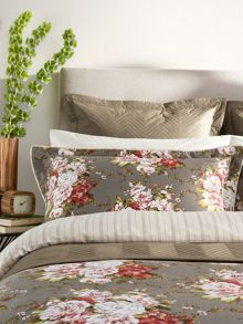 Rose bouquet oxford pillowcase pair mocha