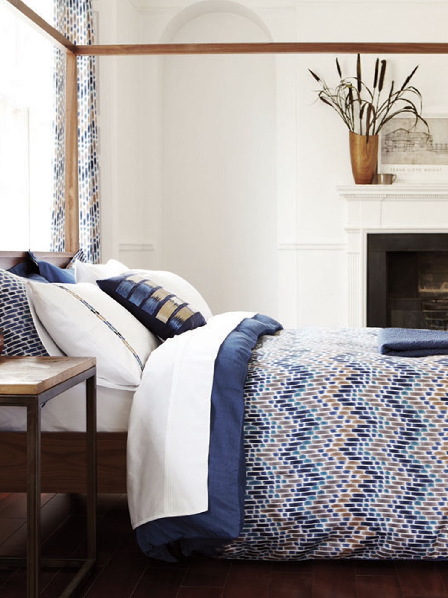 Cadiz bed linen in indigo