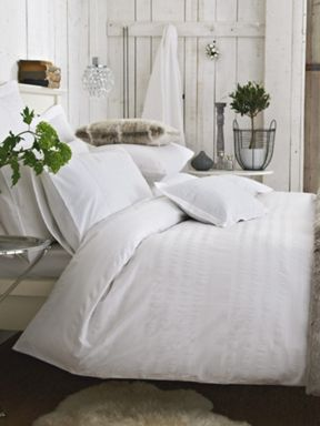 Bedeck Tranquility bed linen in white