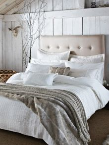 Harmony bed linen in champagne