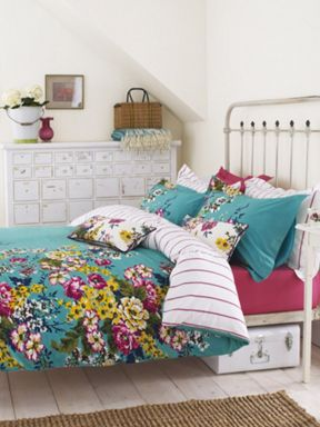 Joules Cambridge floral bedlinen in green