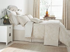 Sanderson Palampore Jacquard Bedding in Ivory