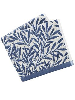 Morris & co willow guest towels china blue