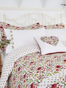 Mary Rose bed linen range in Pink