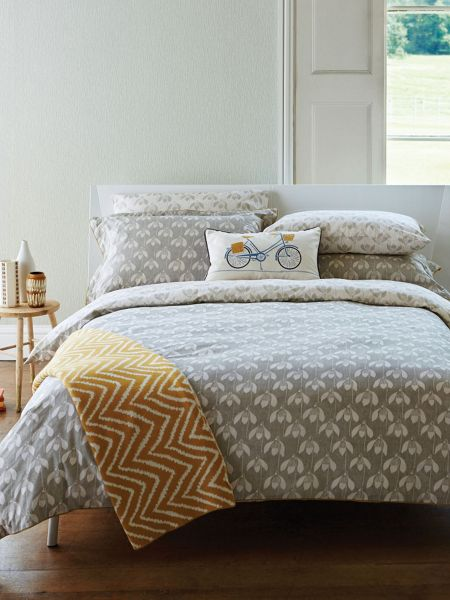 Scion Snow drop duvet cover double parchment