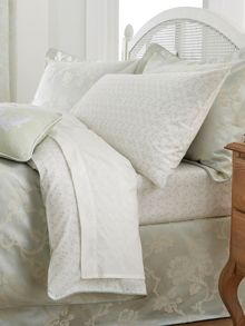 Viennese Rose bed linen range in Mint