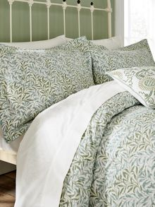Morris & Co Willow Bough bedding in Sage