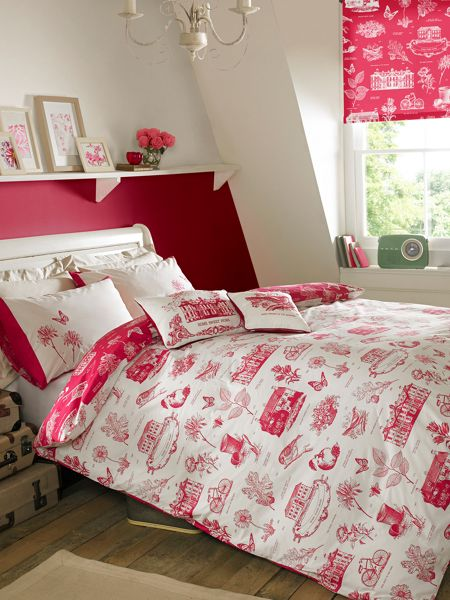 Kirstie Allsopp Harriet double quilt cover raspberry
