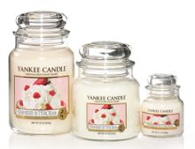 Yankee Candle Strawberry buttercream housewamer candle
