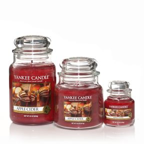Yankee Candle Apple cider housewamer candle