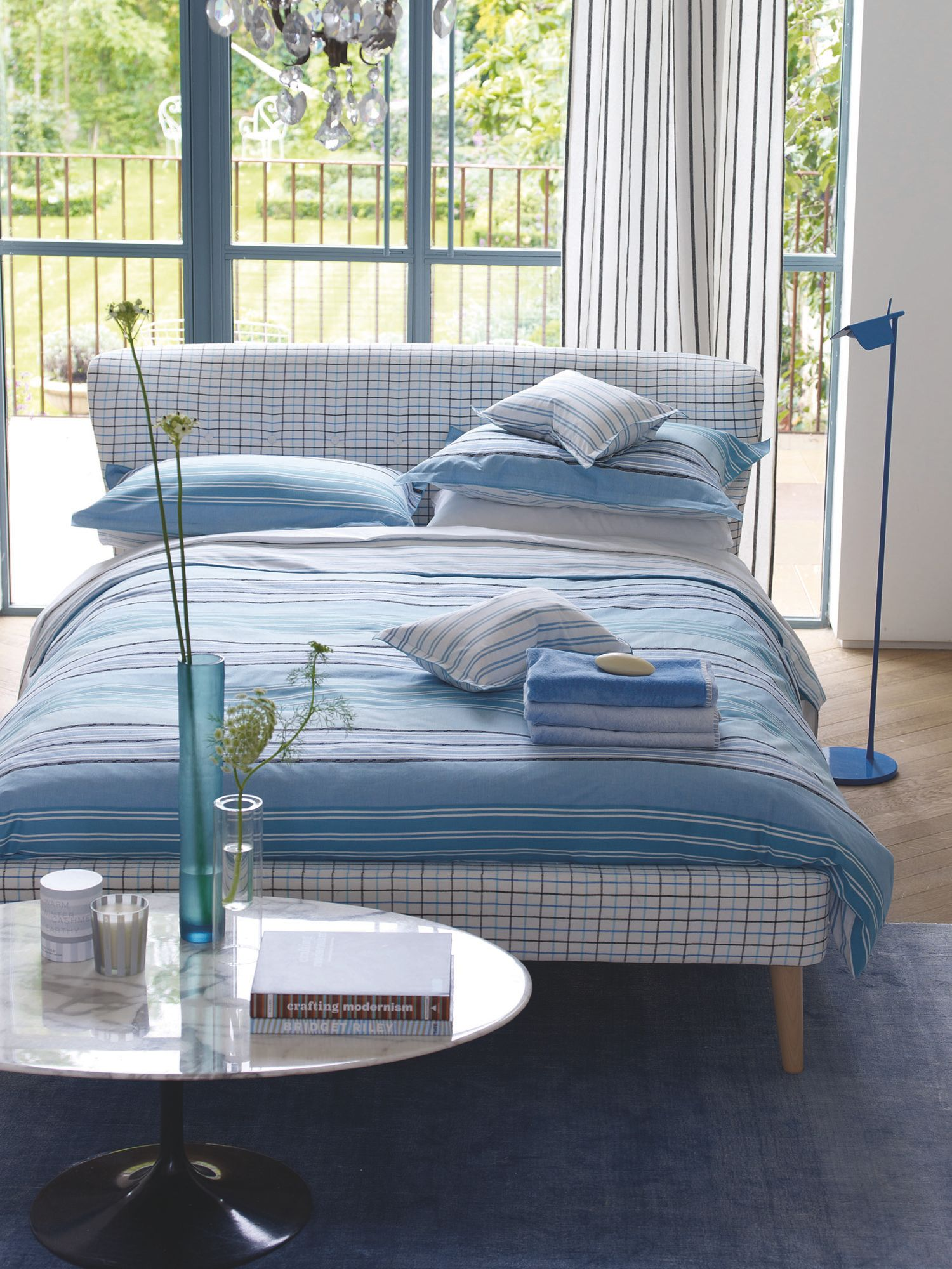 Purbeck bedlinen in sky blue