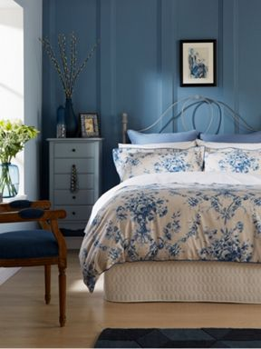 Christy Toile bed linen range in China Blue