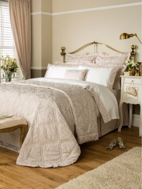 Christy Figaro bedspread range in Champagne