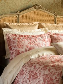 Buckland bed linen range in Red
