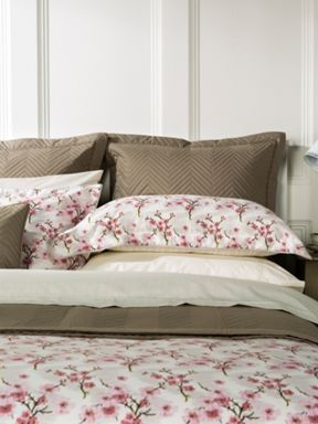 Christy Okame Petal pink bed linen range