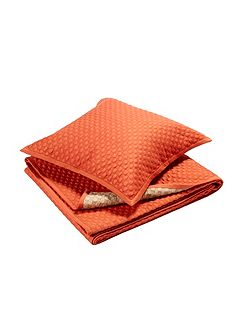 Loops king size throw cinnamon