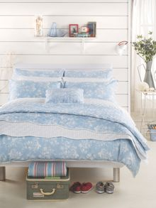 Denby bedspread set range in Blue