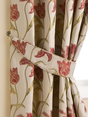 Joshua Thomas Chintz May curtains range