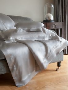 Gingerlily Silver grey silk king fitted sheet