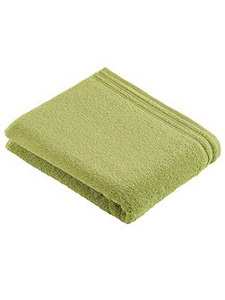 Calypso feeling meadowgreen bath towel
