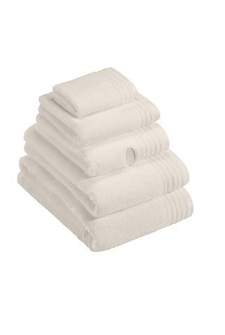 Dreams towel range in ivory