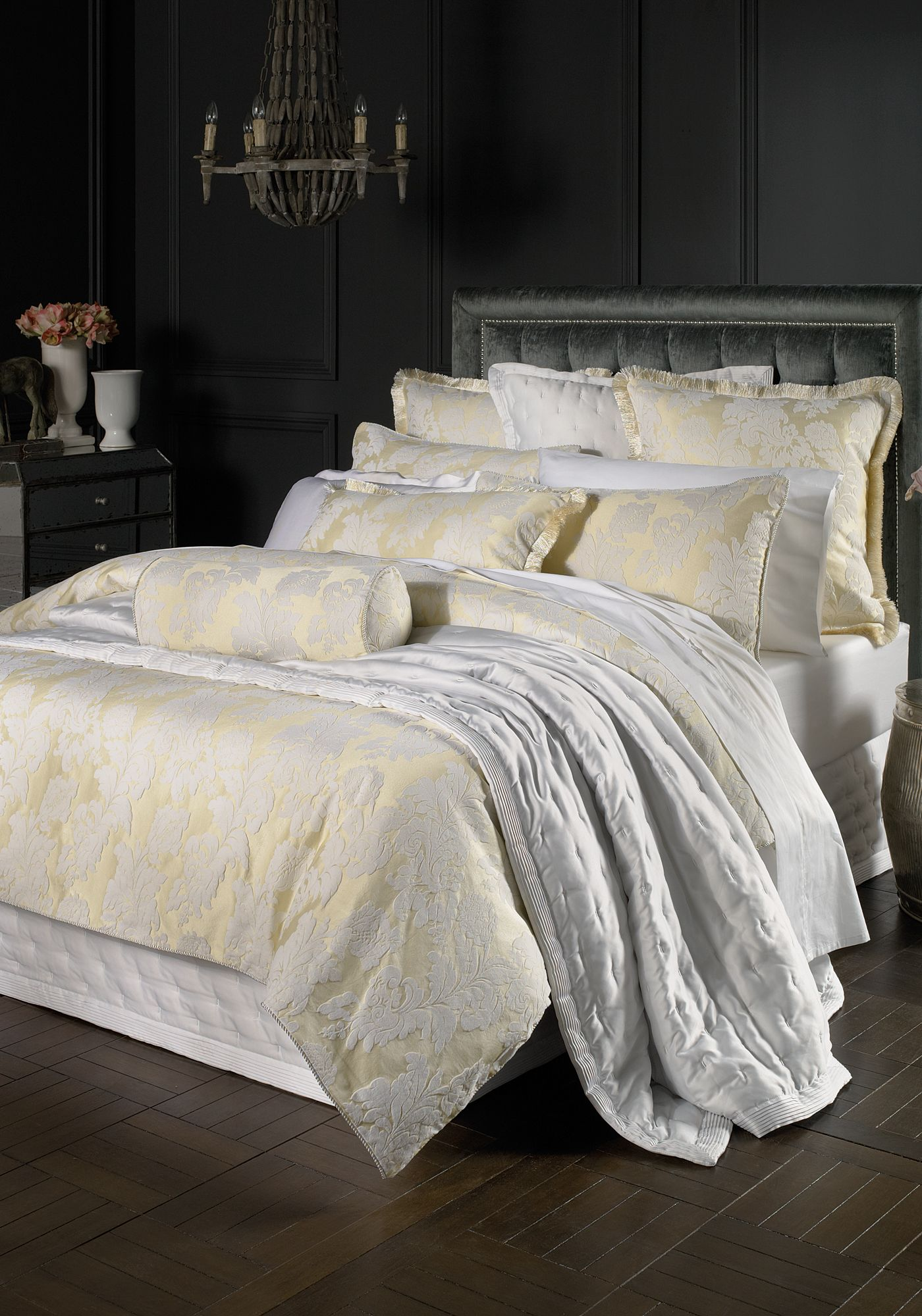 Chios bed linen in cream spring