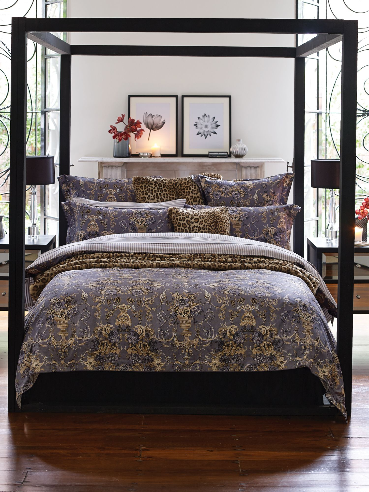 Beekman shadow bed linen