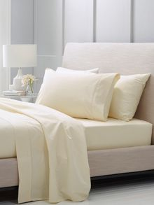 Sheridan Hotel-Weight Luxury Chalk king pillowcase pair
