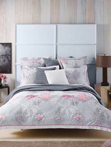 Walcott Coral oxford pillowcase pair