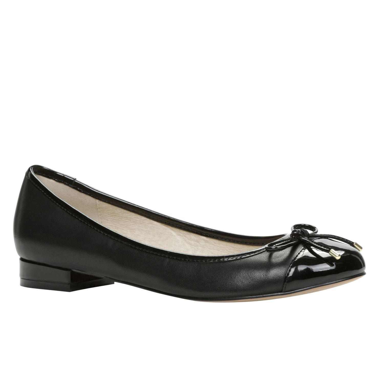 Civen round toe pump shoes