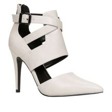 Peat pointed toe court shoes