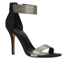 Ladie ankle strap court shoes
