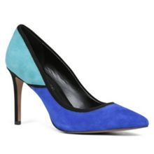 Lindsay pointed toe court shoes