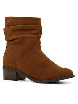 Isidora zip ankle boot