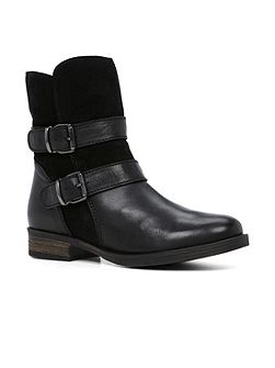 Evard ankle boots