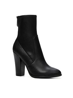 Tokologo stacked heel ankle boots
