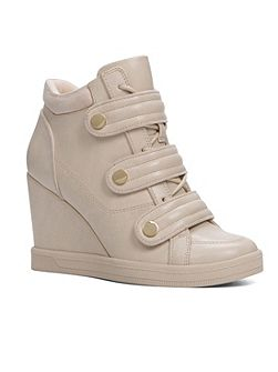 Ailia trainer wedges