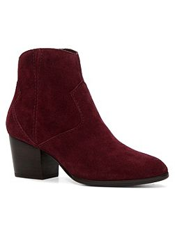 Marecchia western ankle boots