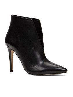 Drima ankle boots