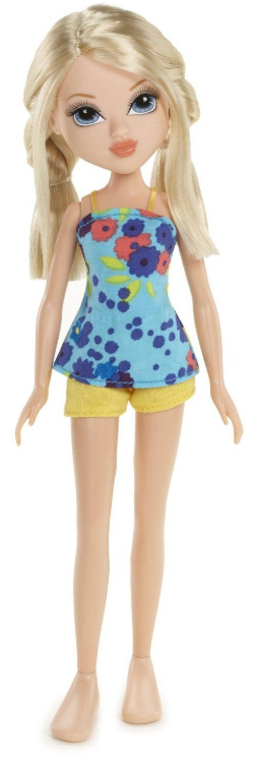 Moxie Girlz Sweet Petals Doll - Avery