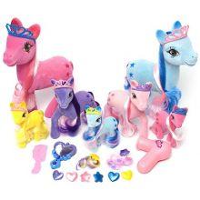 Fantasy pony playset 25 pieces