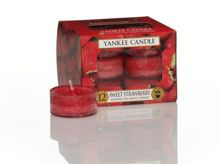 Yankee Candle Sweet strawberry tea lights box of 12