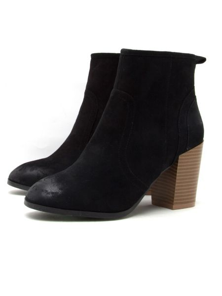Qupid Wagon ankle boot