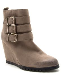 Qupid Tustin wedge ankle boot